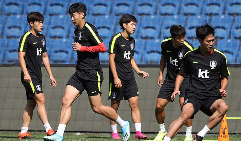 South Korean National Football Team has One Spot Open for Olympic Qualifiers