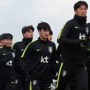 Korean Men Olympic Football Team is Back in Training