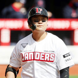 Choo Shin-soo Went Hitless in KBO Debut